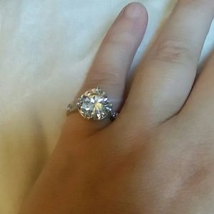Jewelry - NWT Sterling silver CZ size 5 ring
